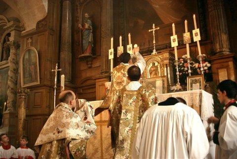LA SANTA MISA Y LAS ALMAS DEL PURGATORIO | Ecce Christianus
