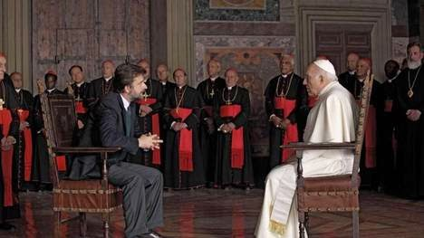pelicula-Habemus-Papam-Pontifice-AP_CLAIMA20130212_0154_17