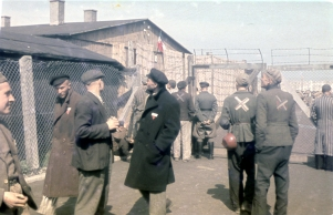 Color Photographs of Life in The First Nazi Concentration Camp, 1933 (12)